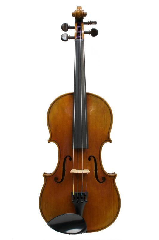Image of 'Antonio Stradivari' Deluxe Antiqued Violin by Lutherie D'Art, Belgium